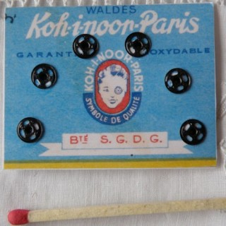 Carte 6 boutons pression 5 mm