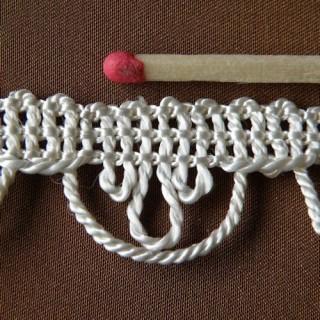 Galon feston et boucle,passementerie, 17mm, 1,7cm