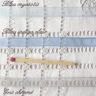 Ruban organdi BLEU et GRIS 8 mm.