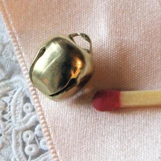 Grelot miniature métal poupée 9 mm.