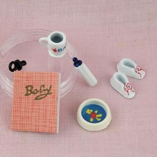 Accessoires bébé miniatures maison poupée