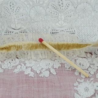 Ruban élastique volant ruché froufrou 2 cm.