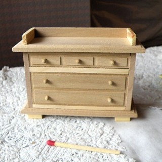 Commode meuble miniature maison poupée,