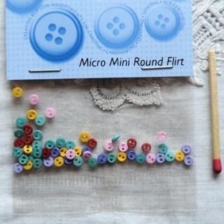 Boutons minuscules micro mini Dress it up