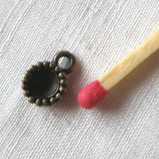Perle creuse cupule bijou poupée 10 mm diamètre