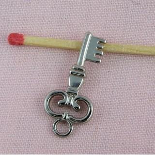 Breloque clef bijou poupée, 2,7 cm