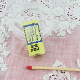 Papier Essuie-tout miniature maison poupée 3 cm