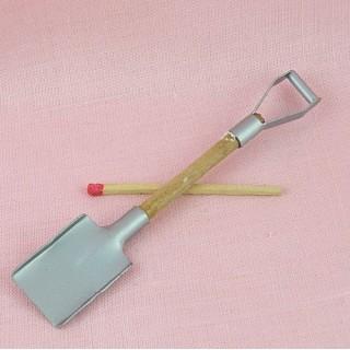 Bêche Outil miniature poupée 9 cm