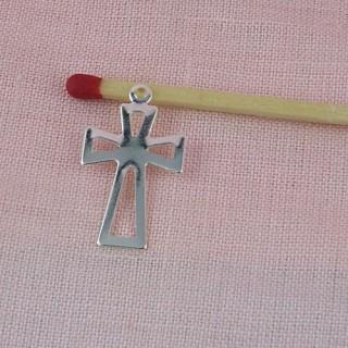 Breloque croix miniature poupée communiante