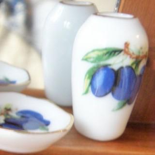 Vase porcelaine miniature maison poupée, 3 cm.