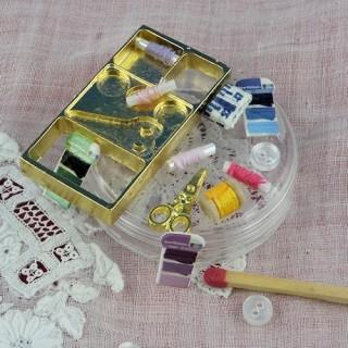 Mini Boite àcouture miniature maison de poupée