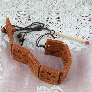 Bracelet perles bois sur lacet pas cher