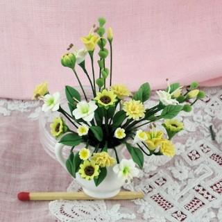 Pot miniature fleurs bouquet maison poupée,