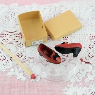 Paire chaussures 1/12 femme miniature maison poupée