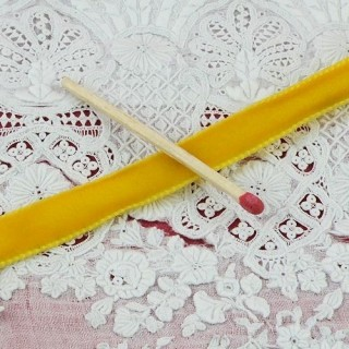 Ruban velours 10 mm haute qualité jaune