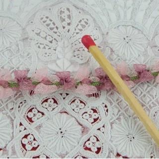 Galon organdi à fleurs roses 12 mm,