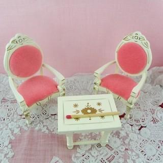 Deux fauteuils et table salon miniature maison poupée 1/12