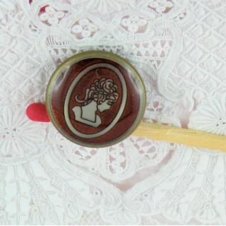 Bouton camée médaillon 18 mm.