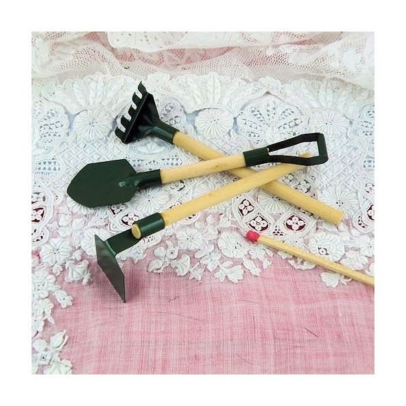 Outils Jardin Miniature Poup E Pelle Binette R Teau