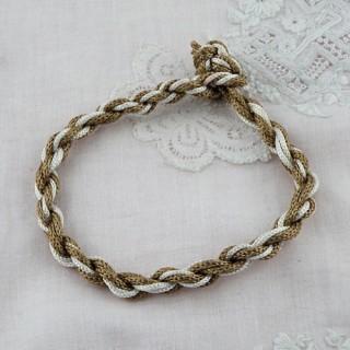 Bracelet de fils métalliques enroulés