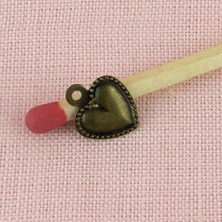 Breloque coeur miniature pendentif 8 mm.