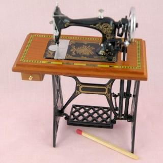 Machine à coudre luxe à pédale miniature maison poupée LUXE