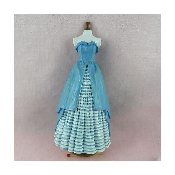 mannequin couture miniature maison poup e. Black Bedroom Furniture Sets. Home Design Ideas