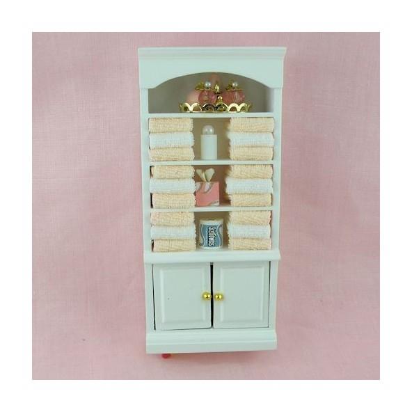 armoire miniature maison poup e armoire ling re en bois. Black Bedroom Furniture Sets. Home Design Ideas