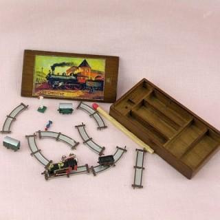 Jouet miniature maison poupée train électrique