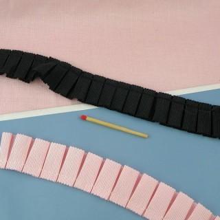 Galon gros-grain double plis ruchés 3 cm au mètre.