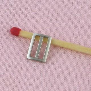 Boucle àpassant miniature poupée 10mm x 7mm.