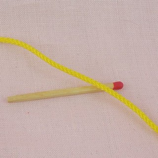 Cordon tressé paracorde 2 mm.