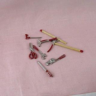 Outils miniatures poupée charpentier