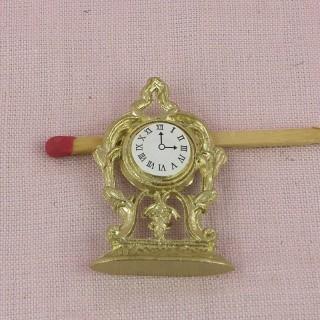 Pendule dorée miniature maison poupée 5 cm.