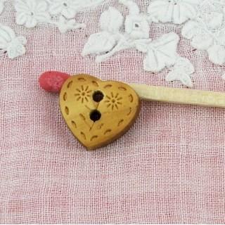Bouton coeur bois gravé 12 mm