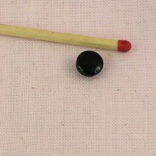 Boutons nacrés mercerie àpied 7 mm.