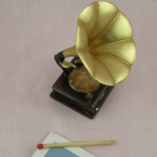 Gramophone miniature maison poupée 8 cm