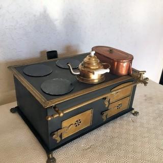 Jouet ancien Cuisinière fourneau miniature poupée 30 cm