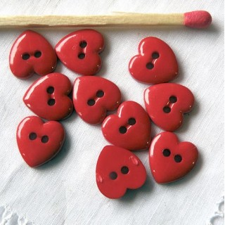 Buttons, Heart, bright red 1 cm.