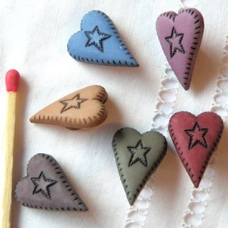 Shank heart button, lenngthened heart shape
