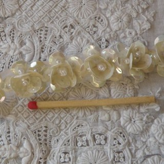 Vintage Lace scroll with pearl and sequins 2 cms
