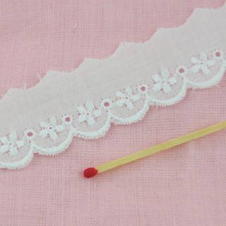 Breit Weiß Baumwolle Stickerei Spitze 1 cm.