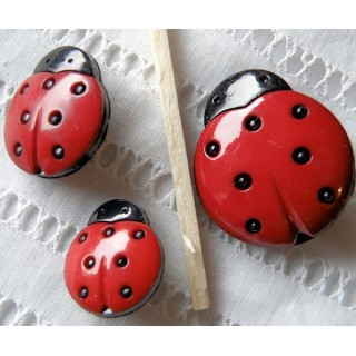 Brightly ladybug button avaible in three size