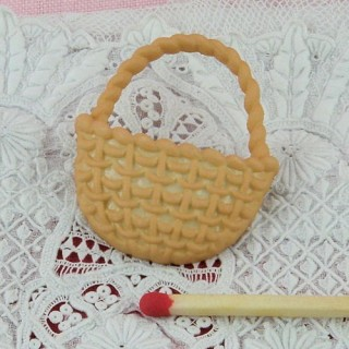 Button wicker basket 3 cms.