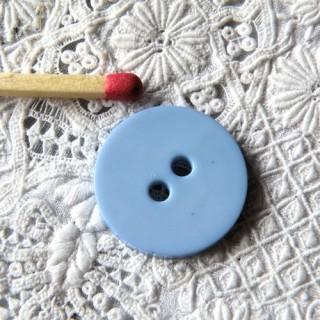 Knopf großer Durchmesser flach 2 Löcher 2 cm.
