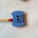 Boutons COUTURE bobine de fil  1,8 cm.