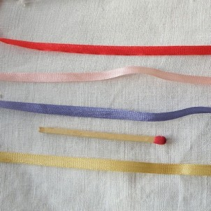 Ruban soie à broder Japon 4mm, 0,4 cm.