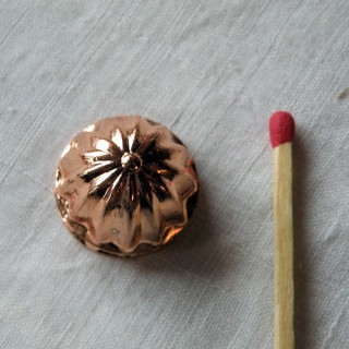 Round copper cake mould, 2,2 cm,miniature for doll house .