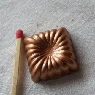 Square copper cake mould, 1,8 cm.