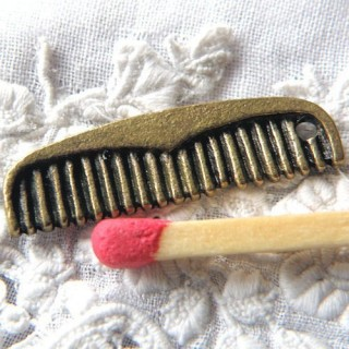 Metal tiny Comb miniature dollhouse, charms pendant 1,9cm, 19mm